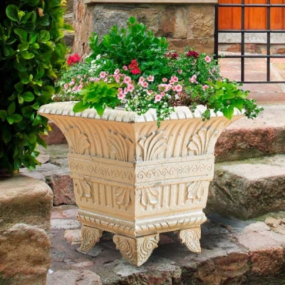 c501-w-square-cast-iron-planter