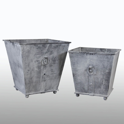 r-s402a_b-square-iron-garden-planter
