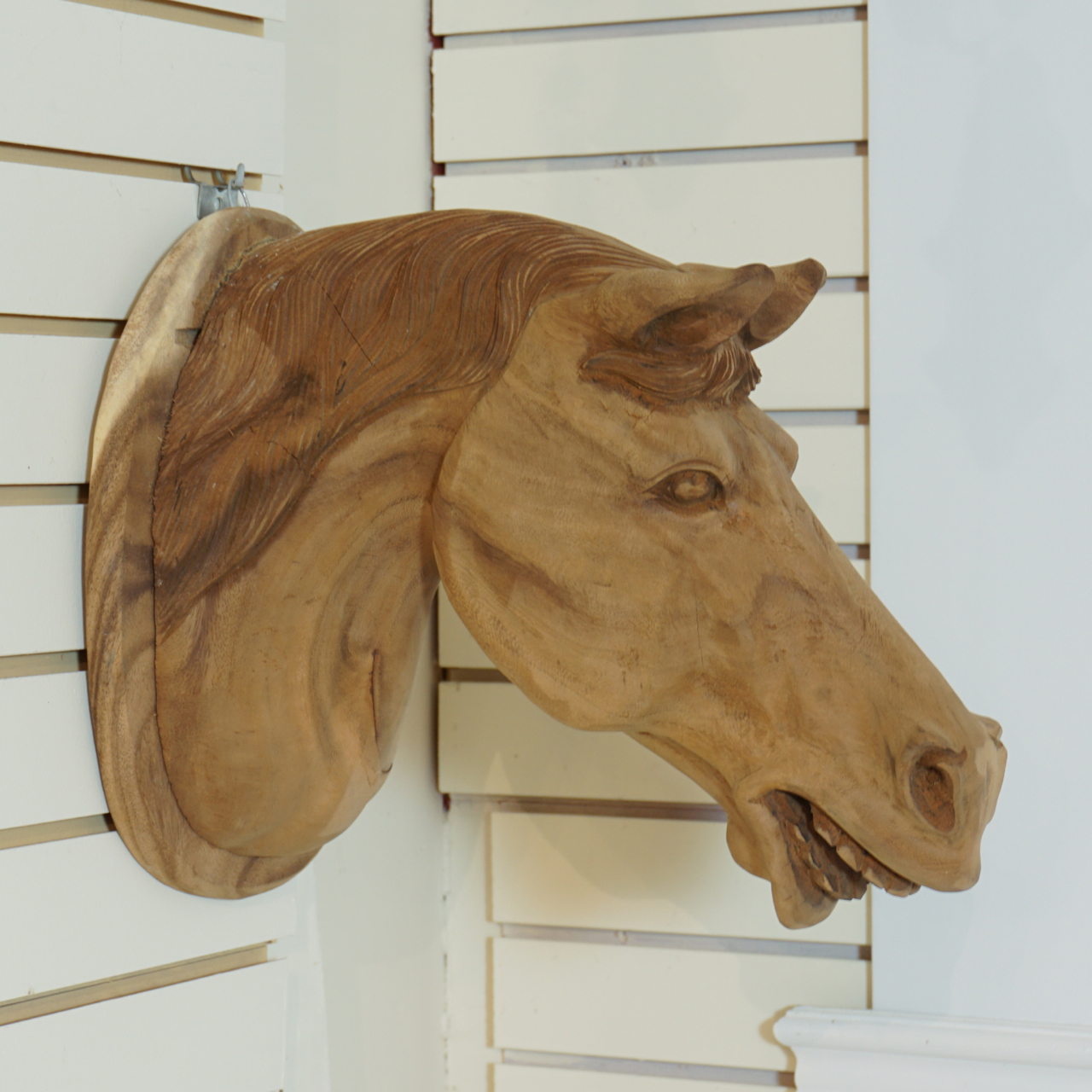 Carved Wall Mounted Horse Head Irongate Garden Elements