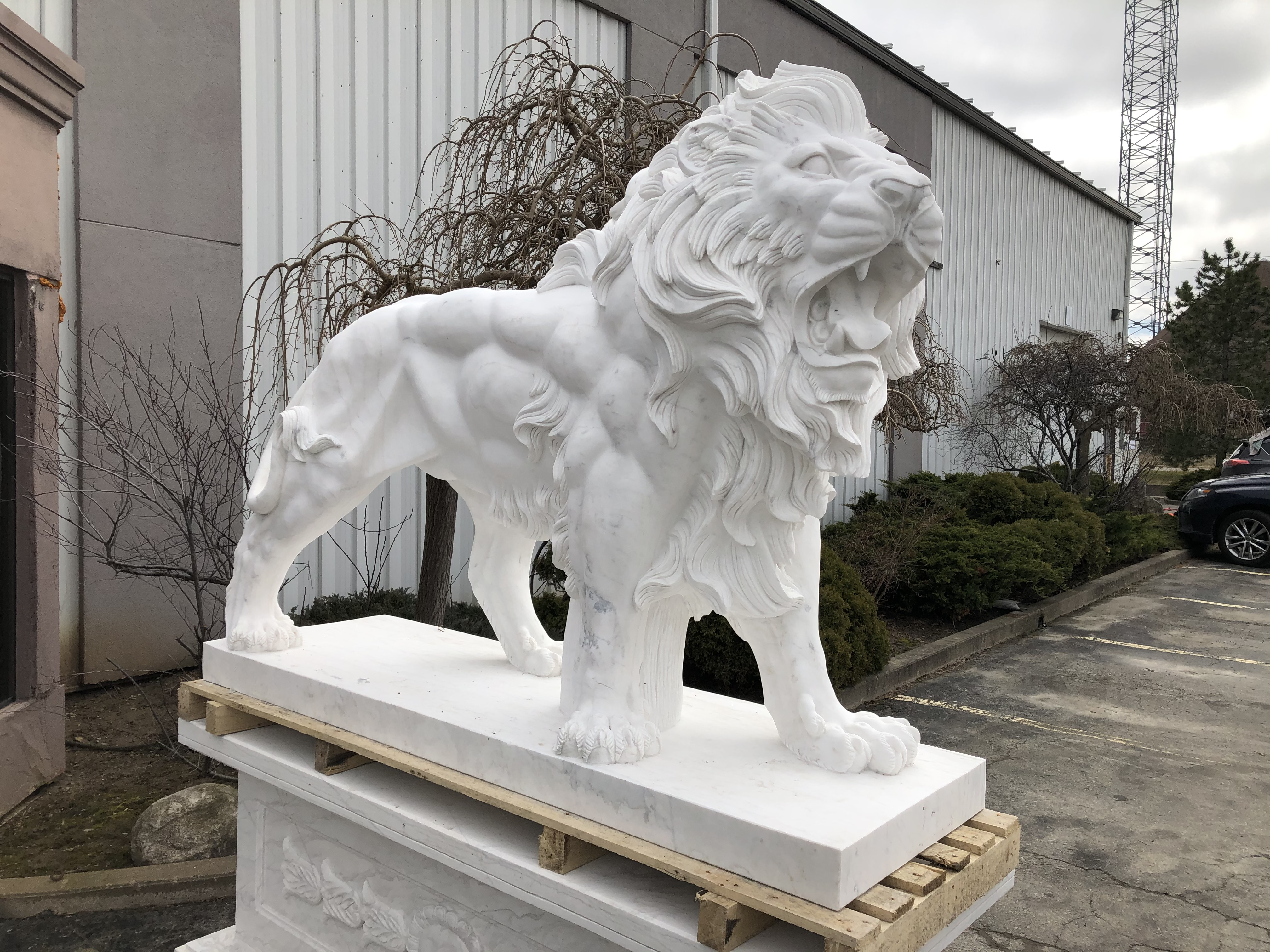 Light Pink Marble Hand Carved Lion Statue Sculpture in